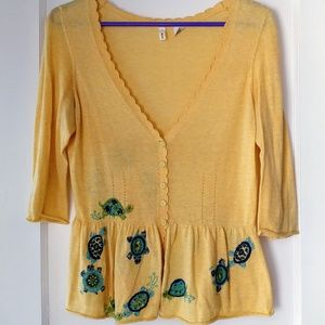 Yellow lightweight sweater top
